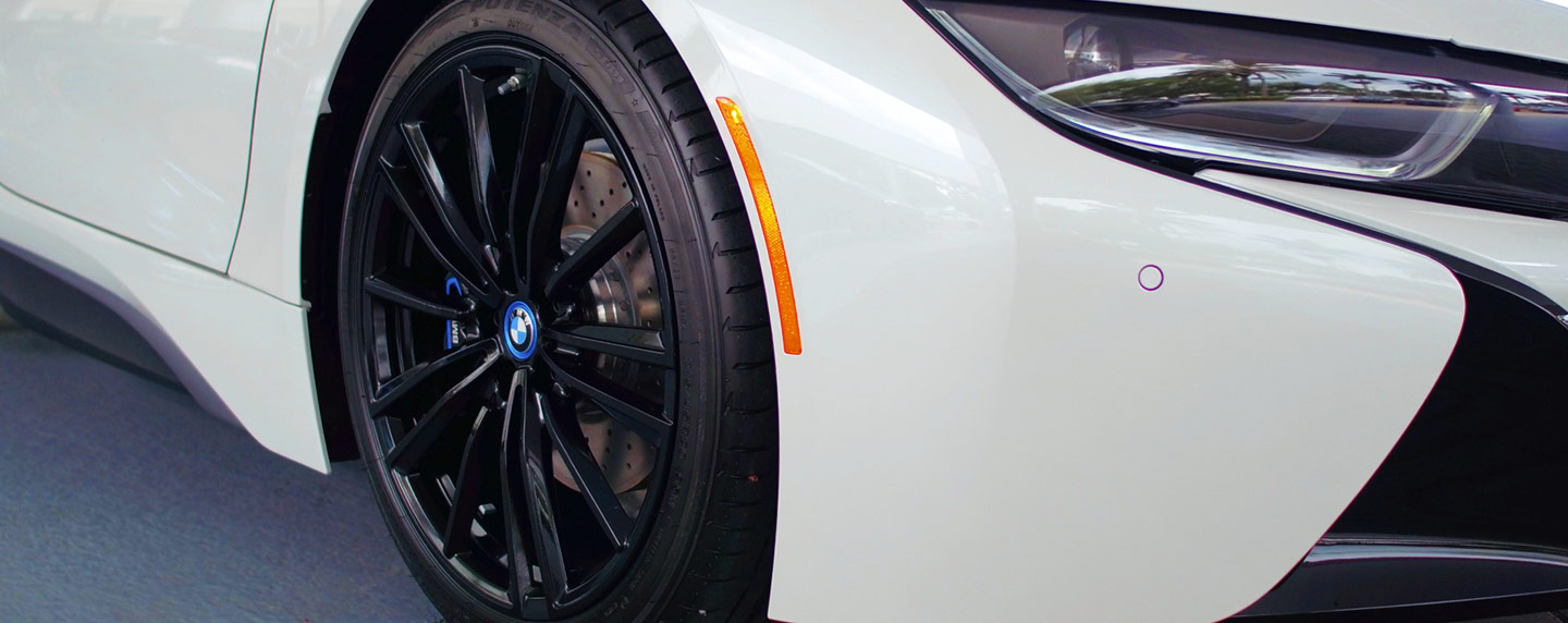 Right wheel of the 2019 BMW i8