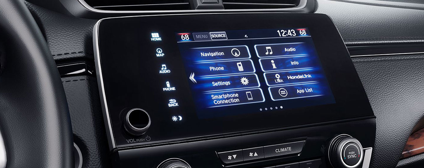 Dashboard touch screen of the 2018 Honda CR-V