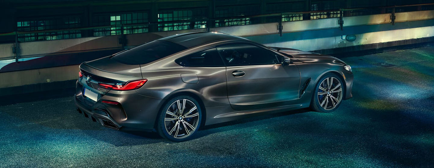 Side image of the BMW 8 Series