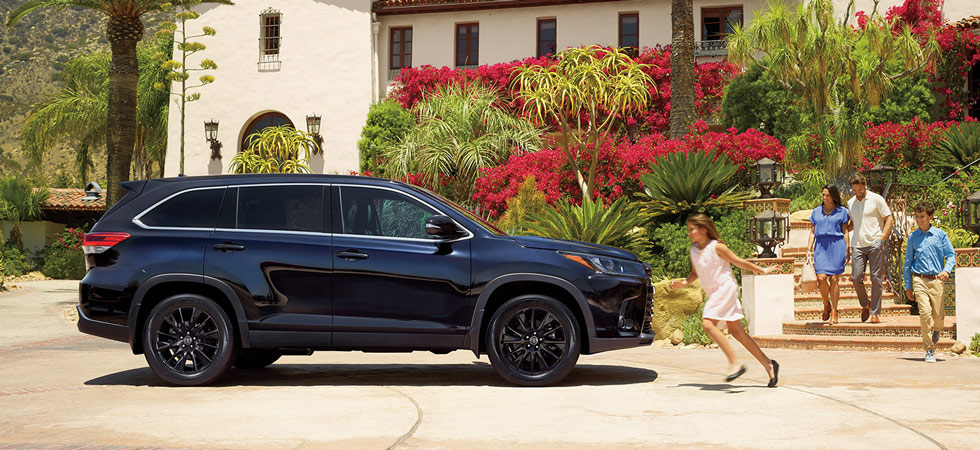 The 2019 Toyota Highlander is available at our Toyota dealership in Atlanta, GA.