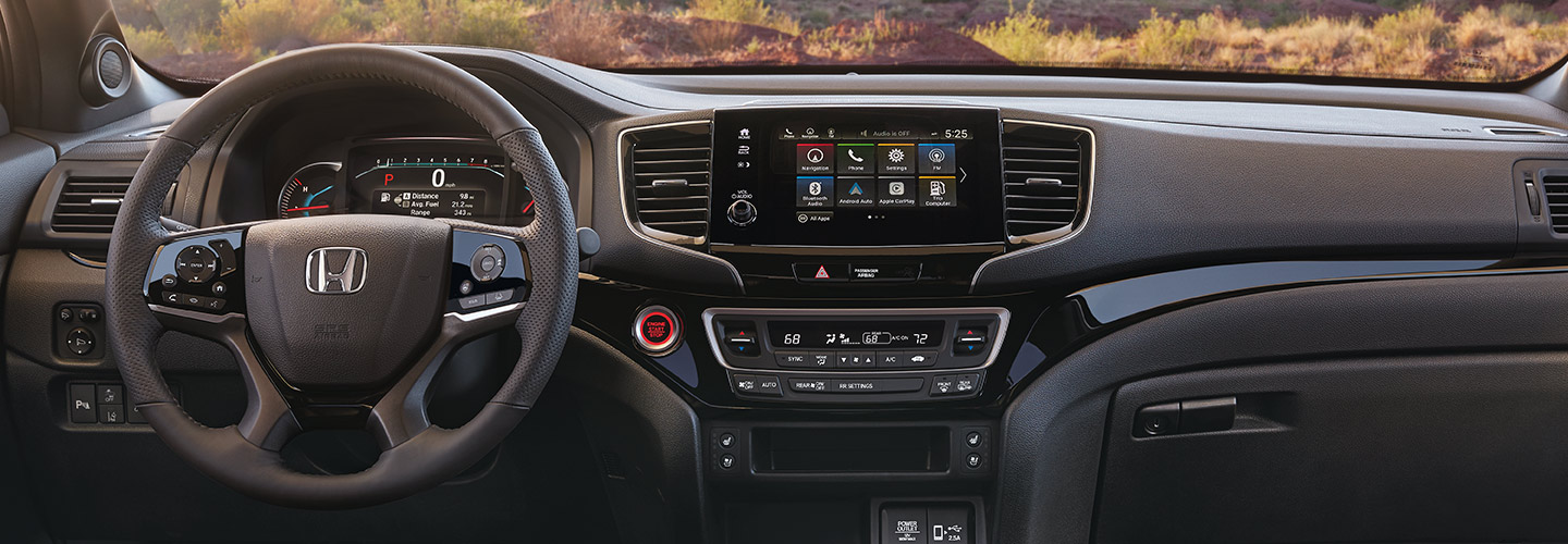 Interior and technology features of the 2019 Honda Passport at South Motors Honda