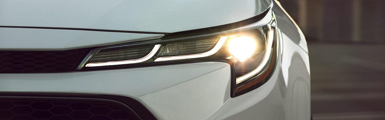 2020 Toyota Corolla Hybrid headlight