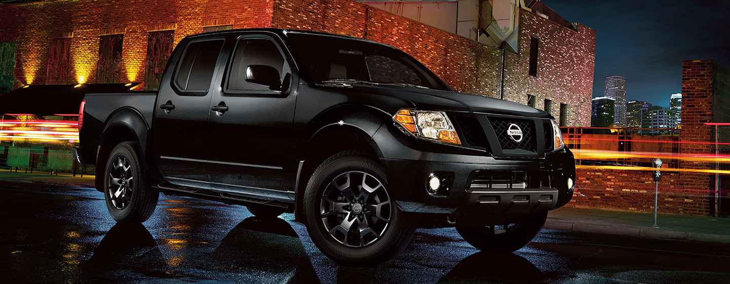 2019 Nissan Frontier side view