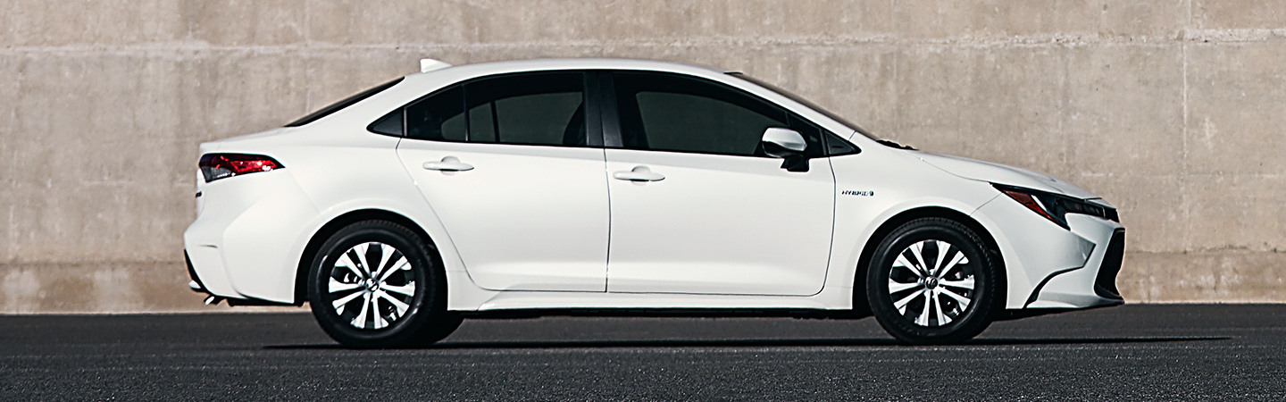 Side-profile image of the 2020 Toyota Corolla Hybrid exterior