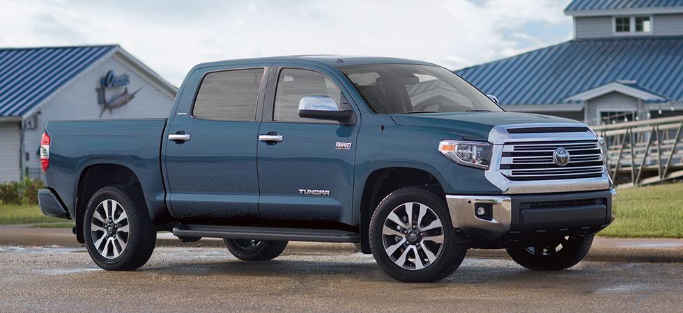 Toyota Tundra side view