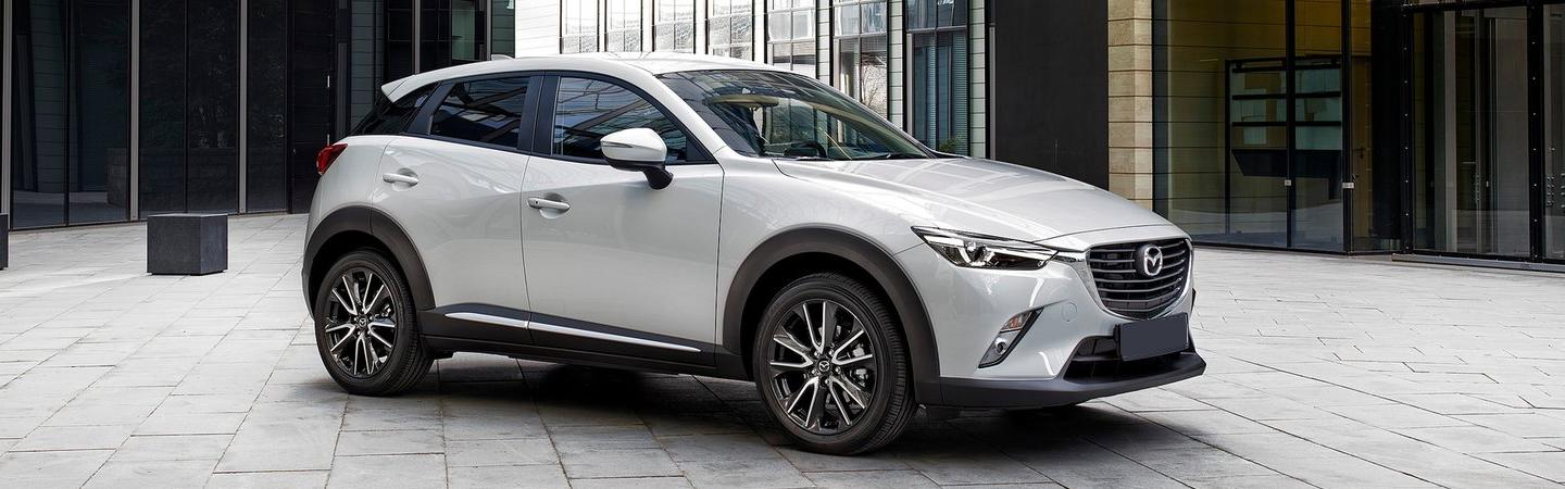 Side view of the 2019 Mazda CX-3 Parked