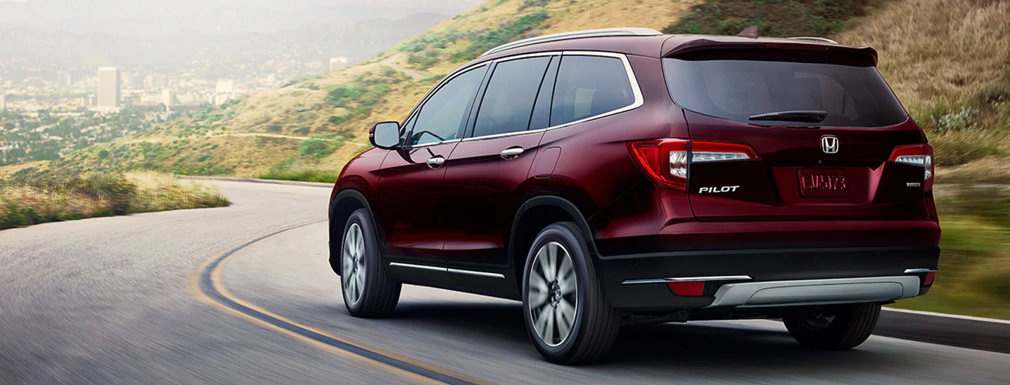 Rear of the 2019 Honda Pilot in motion at Honda of Gainesville