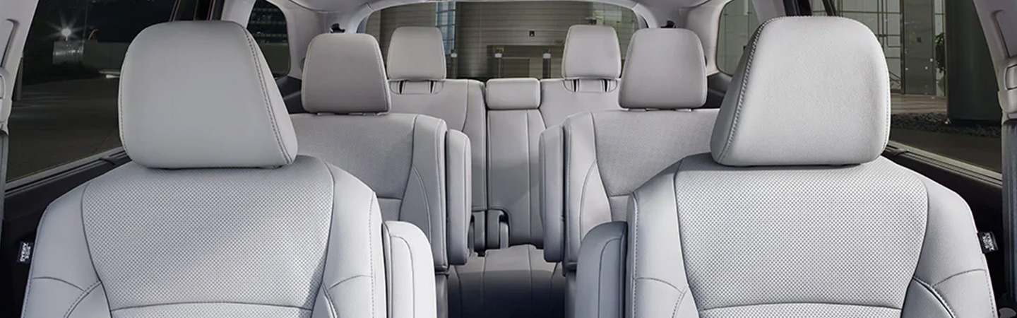 interior seats of the 2019 Honda Pilot