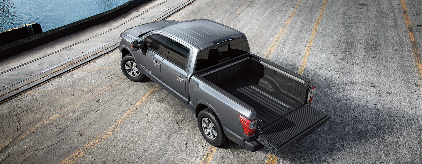 2019 Nissan Titan rear view loading tailgate.