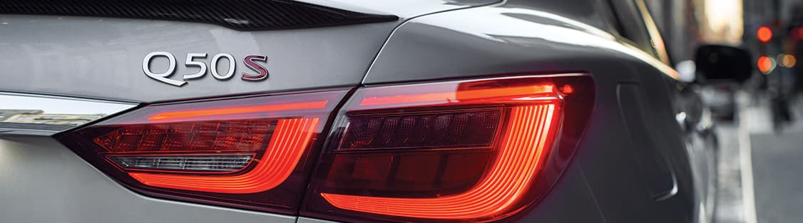 2019 INFINITI Q50S Tail light and trunk