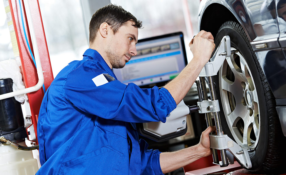 Chrysler Dodge Jeep RAM Wheel and Tire Alignment Service at your preferred Chrysler Dodge Jeep RAM Dealer in Naples, FL