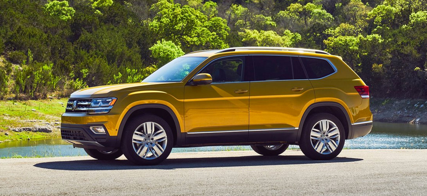 Compare the Volkswagen Atlas and Volkswagen Tiguan at our Volkswagen dealership in Miami, FL