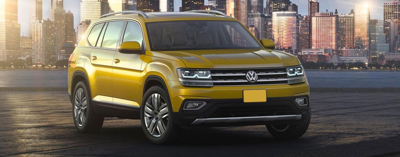 Volkswagen Tiguan driving