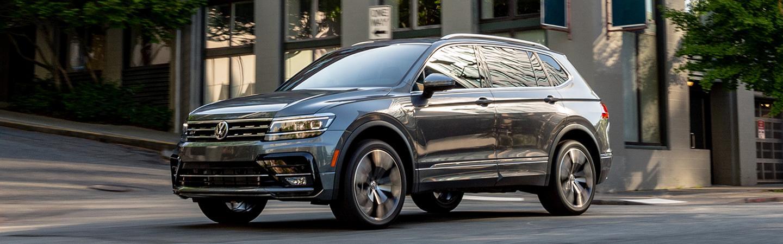 Gray 2020 Volkswagen Tiguan Driving - Side