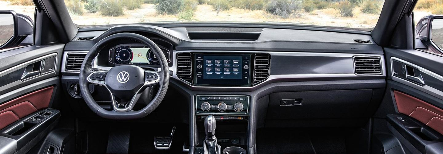 2020 Volkswagen Atlas Cross Sport Interior - Dash, Touch Screen, and Stereo