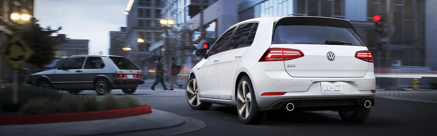 Rear view of the 2019 Volkswagen Golf in motion