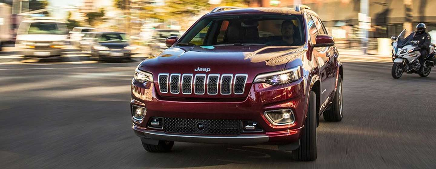 2019 Jeep Cherokee front view in motion.