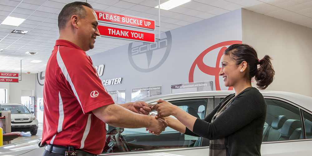 mountain-states-toyota-co-lease-or-finance-new-certified-pre-owned-toyota-vehicles-in-denver-aurora-boulder-lakewood-colorado